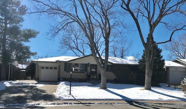 7872 W Florida Drive, Lakewood, CO 80232 (MLS #3888481) :: 8z Real Estate
