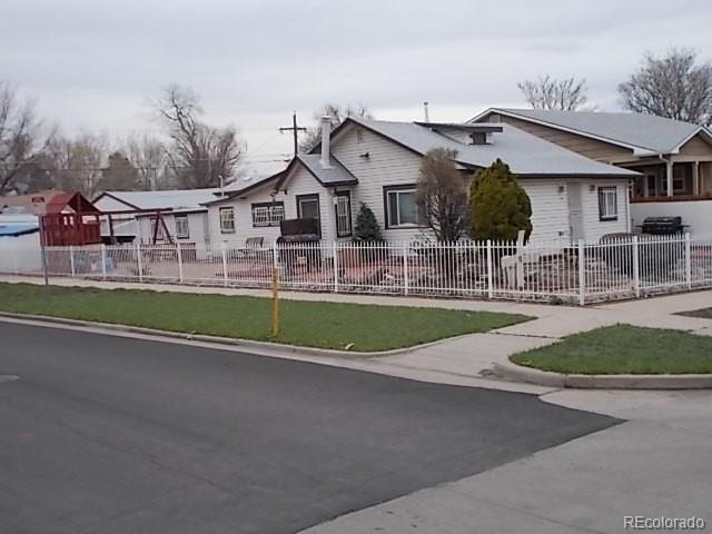 67 S Hooker Street, Denver, CO 80219 (#4259031) :: The DeGrood Team