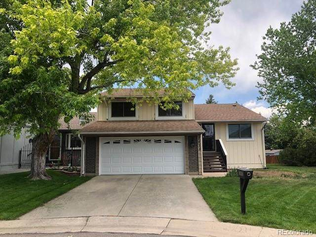 7435 W Maple Drive, Lakewood, CO 80226 (#4369241) :: The DeGrood Team