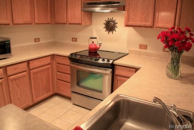 2802 Sundown Lane #112, Boulder, CO 80303 (#4372922) :: The Griffith Home Team