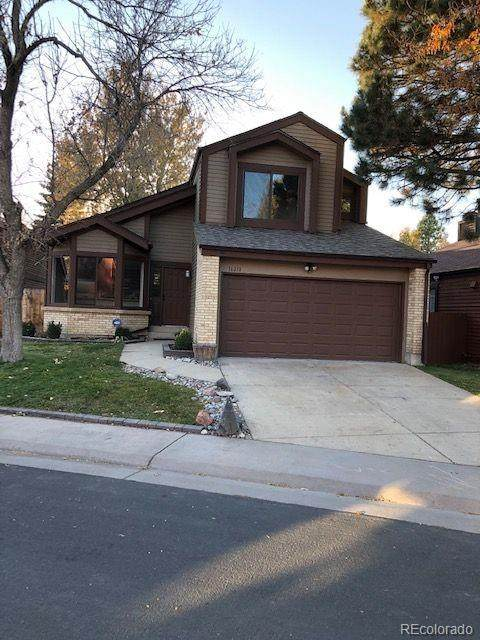 16211 E Princeton Circle, Aurora, CO 80013 (#4421365) :: The DeGrood Team