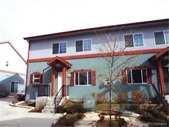 1222 S Yosemite Way, Aurora, CO 80247 (#4781475) :: Colorado Home Finder Realty