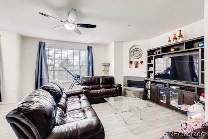 5726 N Genoa Way #207, Aurora, CO 80019 (#4860971) :: Briggs American Properties