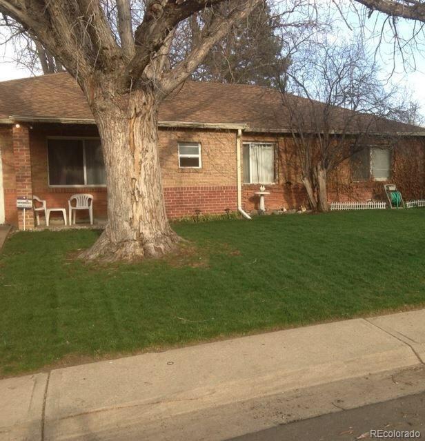 1252 Tucson Street, Aurora, CO 80011 (#4875482) :: The Peak Properties Group