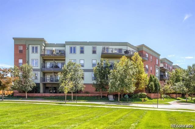 15475 Andrews Drive #419, Denver, CO 80239 (#4884614) :: The DeGrood Team