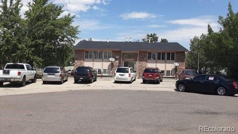 1990 Eagle Street, Aurora, CO 80011 (#5485432) :: The Griffith Home Team