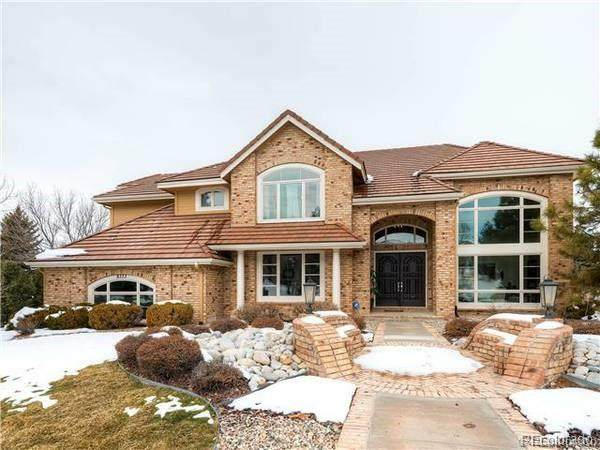 8373 Colonial Drive, Lone Tree, CO 80124 (#5695138) :: Portenga Properties