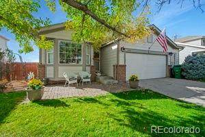 4761 S Himalaya Court, Aurora, CO 80015 (#5696876) :: The HomeSmiths Team - Keller Williams
