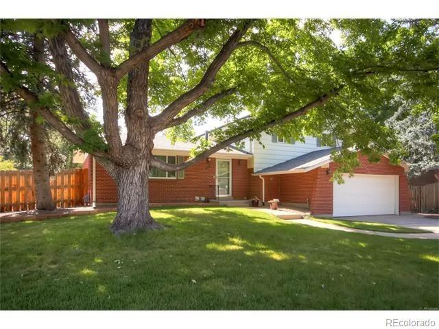 2193 S Field Street, Lakewood, CO 80227 (#5815660) :: Compass Colorado Realty