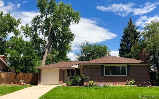 10625 W 62nd Avenue, Arvada, CO 80004 (#6029237) :: The HomeSmiths Team - Keller Williams
