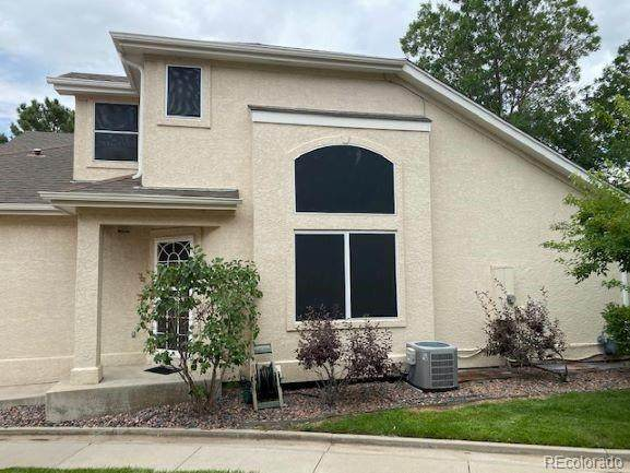 2433 S Racine Way, Aurora, CO 80014 (#6103126) :: Bring Home Denver with Keller Williams Downtown Realty LLC