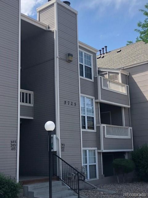 5725 W Atlantic Place #202, Lakewood, CO 80227 (#6631653) :: Wisdom Real Estate