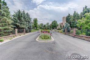 1910 S Lake Road, Lakewood, CO 80227 (#6862371) :: Bring Home Denver with Keller Williams Downtown Realty LLC