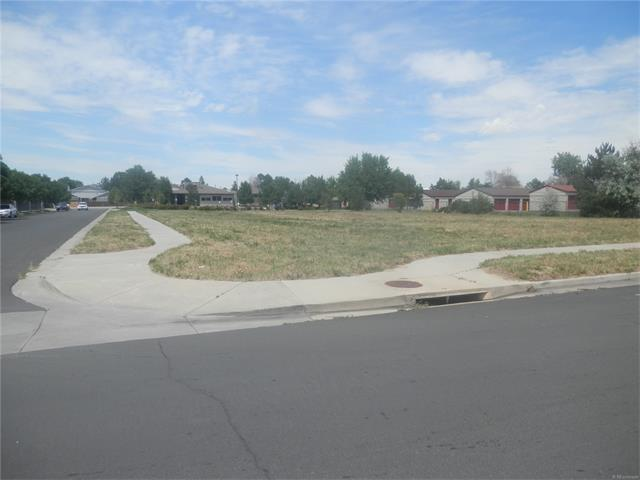 10209 E Warren Avenue, Denver, CO 80247 (MLS #6876470) :: 8z Real Estate