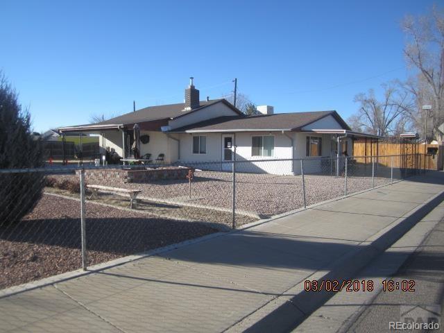 909 Cherry Lane, Pueblo, CO 81005 (#7221265) :: Wisdom Real Estate