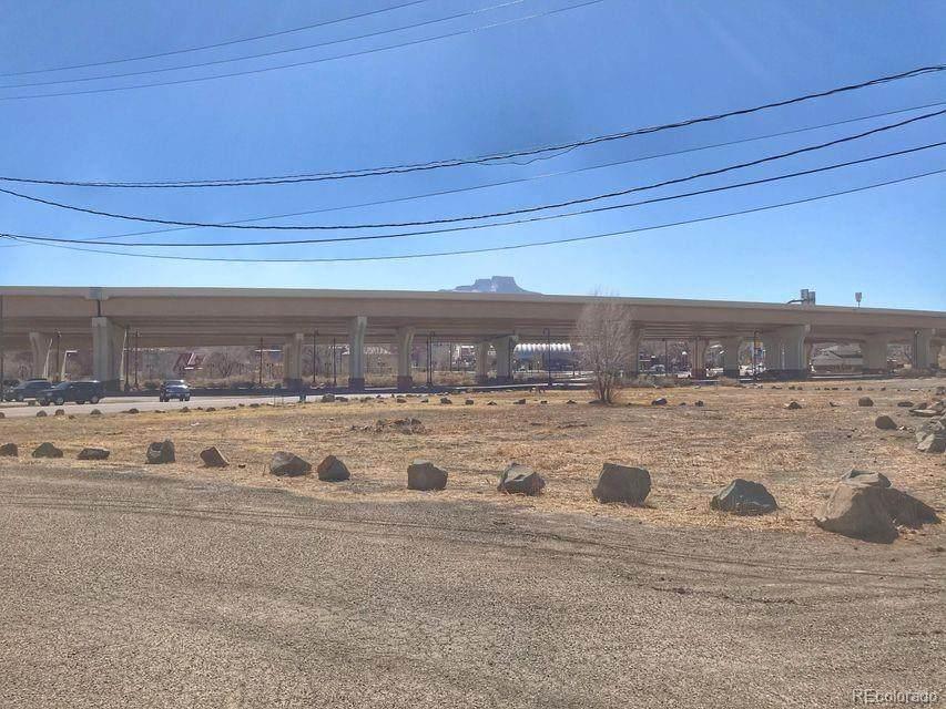 507-515 Nevada Avenue - Photo 1