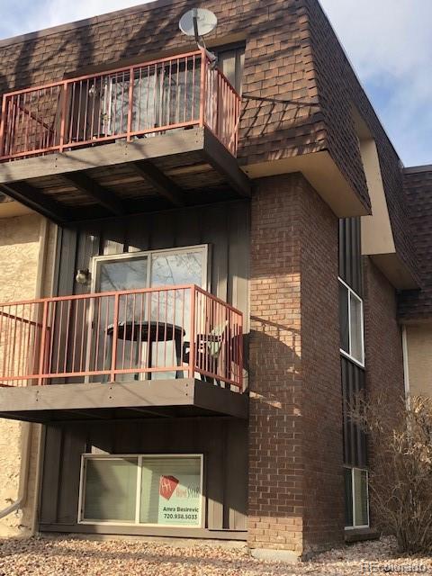 7755 E Quincy Avenue #105, Denver, CO 80237 (MLS #7336796) :: Kittle Real Estate