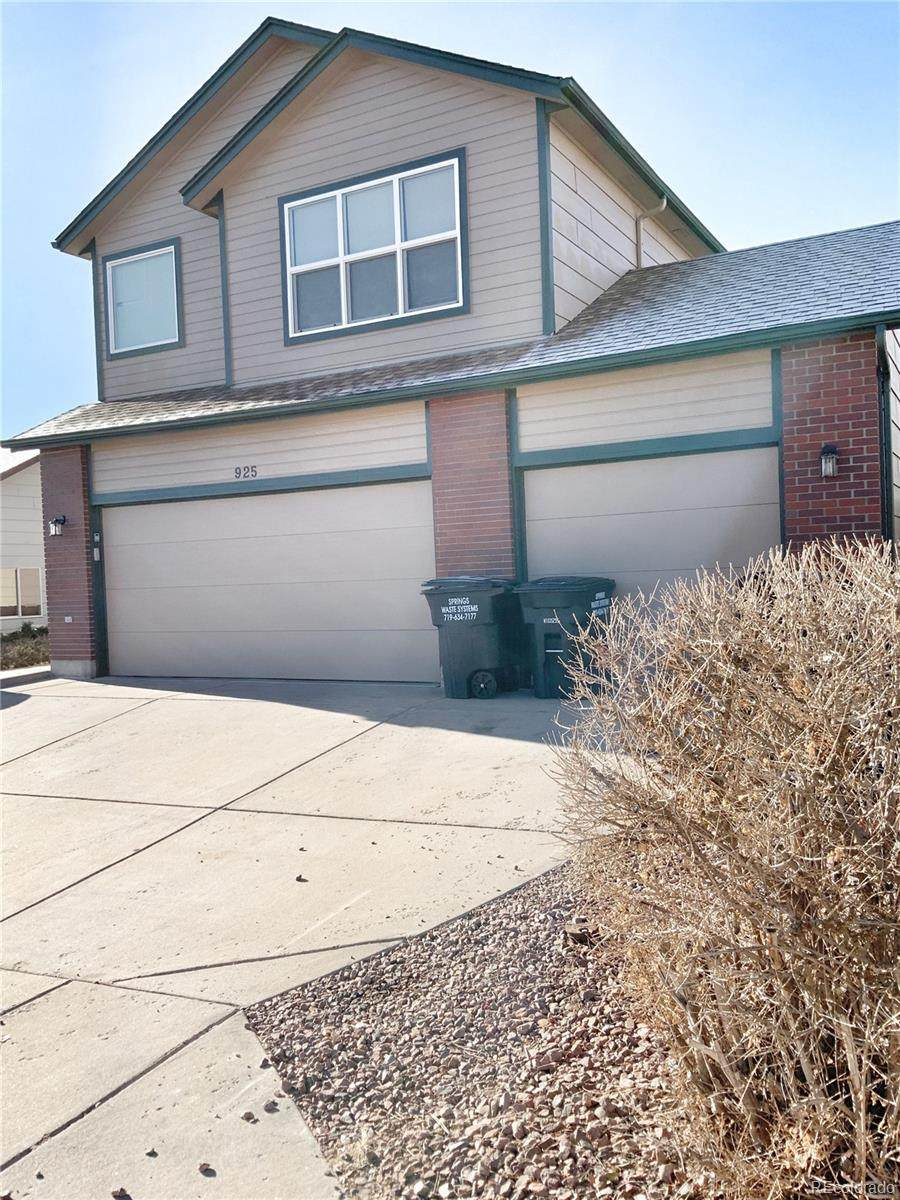 925 Lords Hill Drive - Photo 1