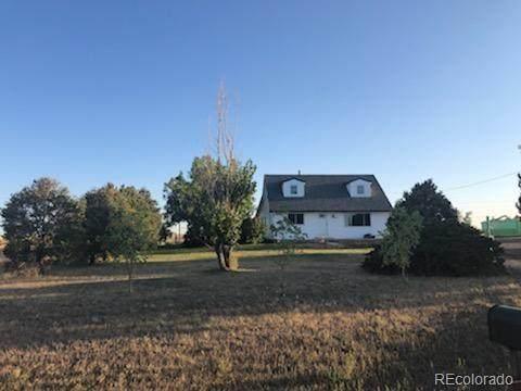 54686 E Bobcat Lane, Strasburg, CO 80136 (MLS #7599431) :: The Sam Biller Home Team