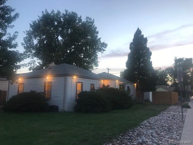 3132 E Florida Avenue, Denver, CO 80210 (#7635952) :: 5281 Exclusive Homes Realty