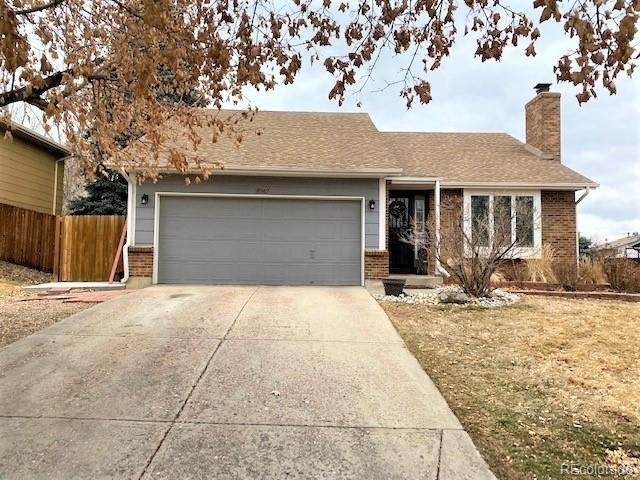 18967 E Utah Circle, Aurora, CO 80017 (MLS #7916191) :: Wheelhouse Realty