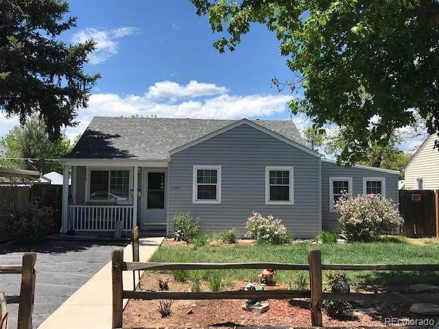 1157 Chester Street, Aurora, CO 80010 (MLS #8299396) :: Neuhaus Real Estate, Inc.