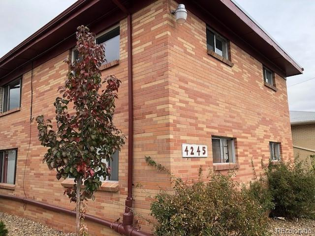 4245 W 70th Place, Westminster, CO 80030 (#8627905) :: 5281 Exclusive Homes Realty