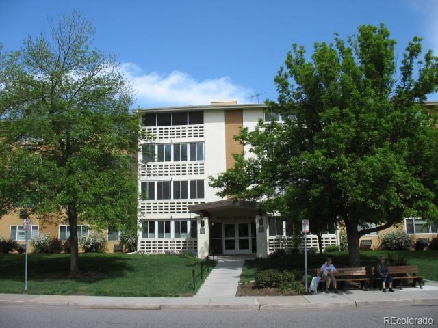 9385 E Center Avenue 12B, Denver, CO 80247 (#8635641) :: The DeGrood Team