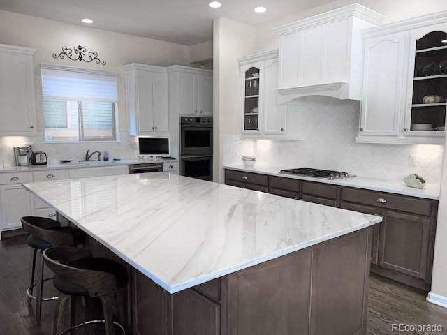 10221 Bluffmont Drive, Lone Tree, CO 80124 (#8761743) :: Harling Real Estate