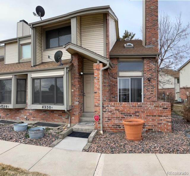 4230 S Granby Way A, Aurora, CO 80014 (#8767259) :: The Colorado Foothills Team | Berkshire Hathaway Elevated Living Real Estate