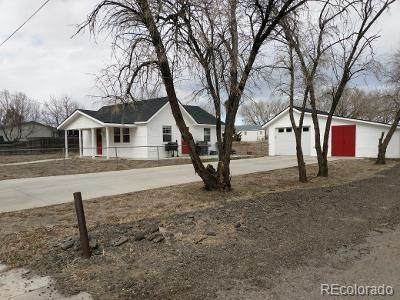 495 E Kiser Avenue, Keenesburg, CO 80643 (#8838550) :: Venterra Real Estate LLC