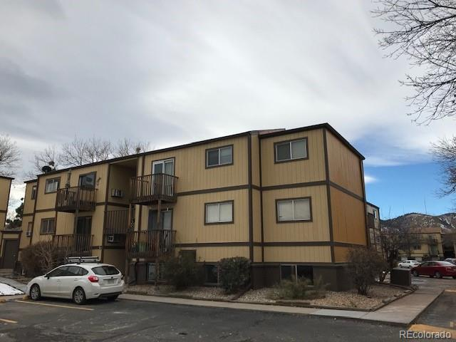 16259 W 10th Avenue G2, Golden, CO 80401 (#9045677) :: Colorado Home Finder Realty