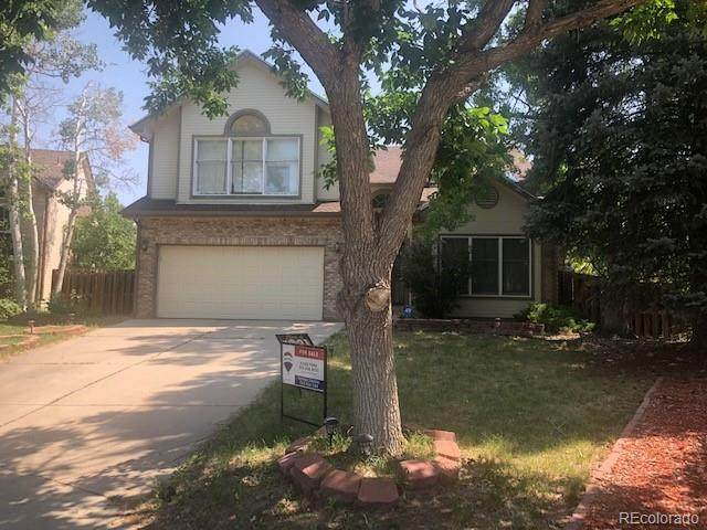 2444 S Oakland Circle, Aurora, CO 80014 (#9159877) :: Venterra Real Estate LLC