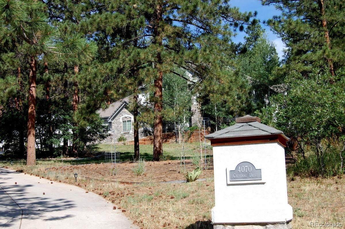 4070 Cheyenne Drive - Photo 1