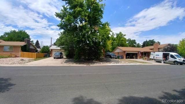 9845 Bruce Lane, Northglenn, CO 80260 (MLS #9498698) :: 8z Real Estate