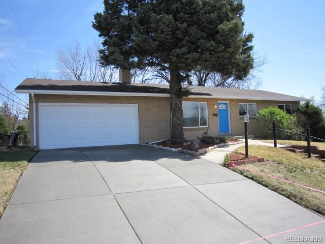 2704 S Zurich Court, Denver, CO 80236 (#9979452) :: The Peak Properties Group