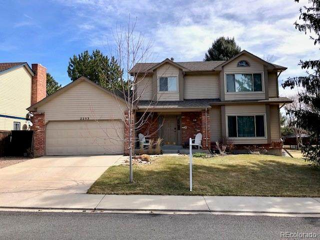 2253 Spinnaker Circle, Longmont, CO 80503 (#3739323) :: The HomeSmiths Team - Keller Williams
