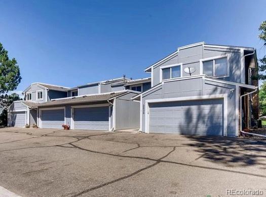 2836 S Lansing Way, Aurora, CO 80014 (#4617983) :: True Performance Real Estate