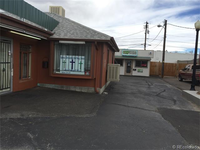7240 Locust Street, Commerce City, CO 80022 (MLS #8337192) :: 8z Real Estate