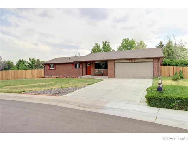 5466 W Hinsdale Place, Littleton, CO 80128 (#1209131) :: The Peak Properties Group