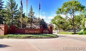 2882 W Riverwalk Circle B, Littleton, CO 80123 (#3403613) :: The Griffith Home Team