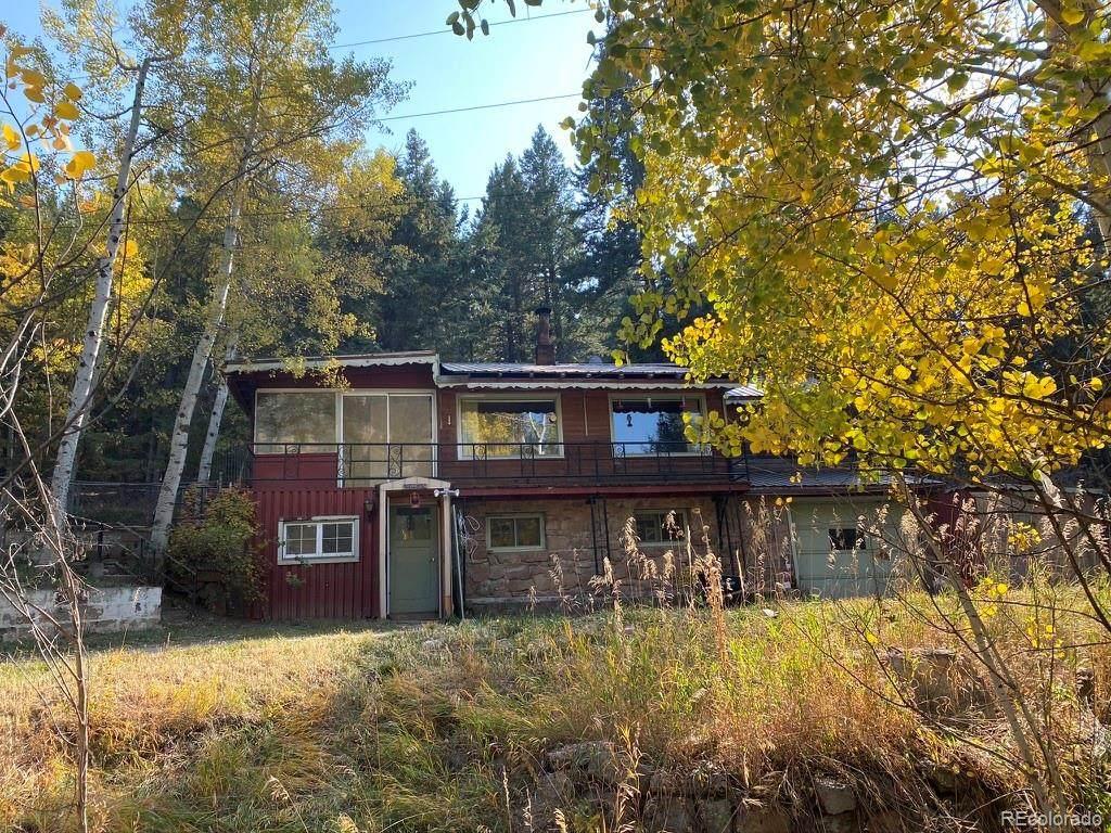 5425 Twin Spruce Drive - Photo 1
