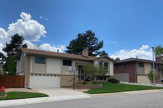 12662 W Asbury Place, Lakewood, CO 80228 (#5503810) :: The DeGrood Team