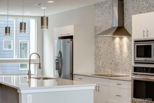 1611 Harlan Street #4, Edgewater, CO 80212 (#5625359) :: Mile High Luxury Real Estate