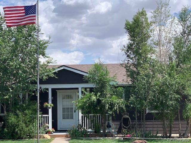 550 S Elm Street, Keenesburg, CO 80643 (#9737751) :: The Gilbert Group