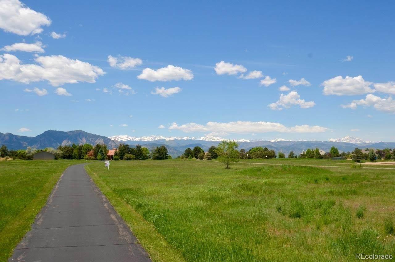 321 Majestic View Drive - Photo 1