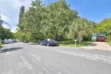 425 Sapphire Drive - Photo 18