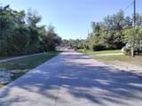 1084 Gage Avenue - Photo 3