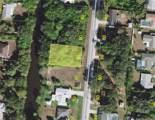 1483 Beacon Drive - Photo 2