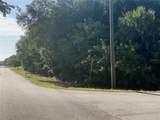 17517 Quincy Avenue - Photo 3